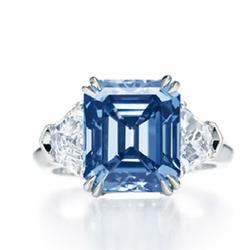 HarryWinston极鲜艳靛蓝彩钻钻戒