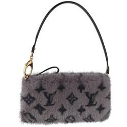 Louis Vuitton灰色MILLA MM经典印花奢华手包